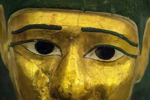 Photo of an ancient Egyptian funerary mask from the Papyrus Museum, Vienna, by Diana Ringo. Courtesy: Wikimedia Commons
